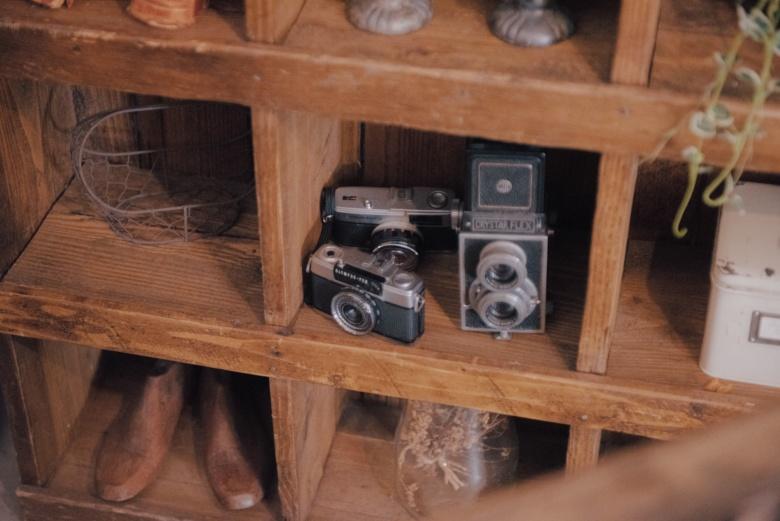 小物の中にはフィルムカメラ